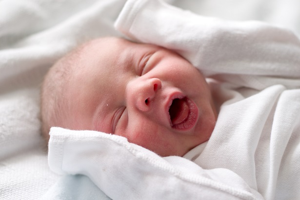 bigstock-Baby-Making-Funny-Face-klein